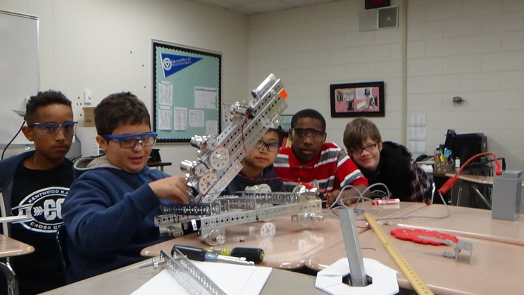 White Team, 5294 at work on the Robot
